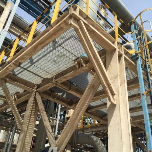 化工厂中的钢格板应用